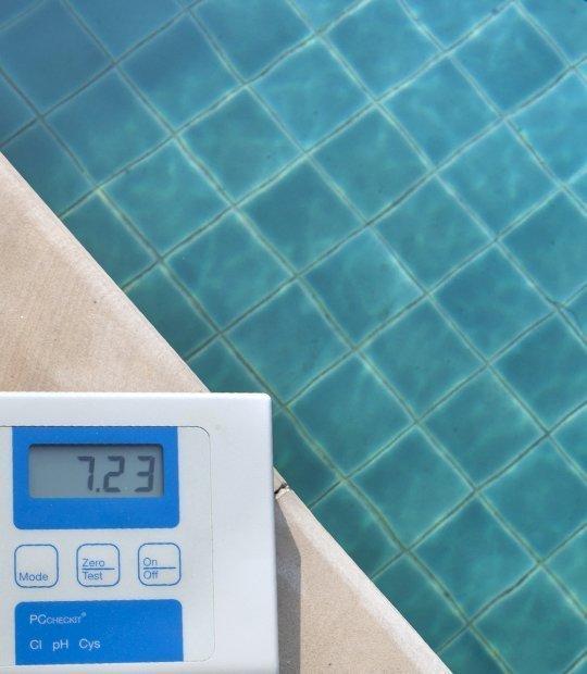 Equipos de control para piscinas